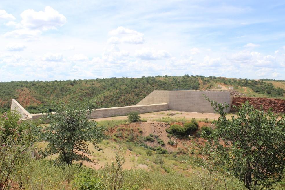 Barragem de Piaus abastece seis cidades no semiárido piauiense (Foto: Catarina Costa/G1 PI)