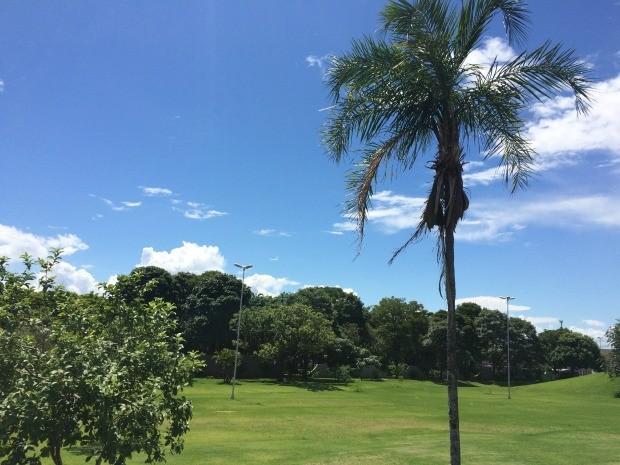 Céu de Campo Grande nesta quarta-feira (10) (Foto: Maria Caroline Palieraqui/G1 MS)