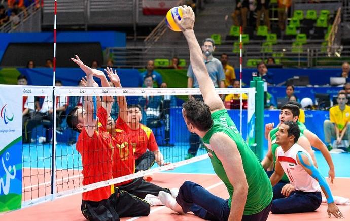 Morteza Mehrzad jogador de vôlei sentado do Irã na paralimpíada (Foto: Rio 2016/Paulo Mumia)