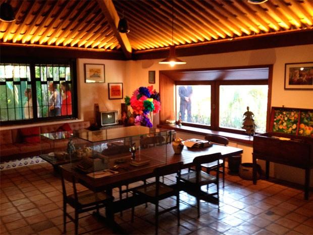 Sala onde Jorge Amado escrevia (Foto: Alan Tiago/G1)