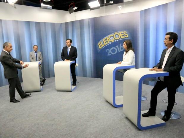 Inter TV Cabugi Estúdio - José Roberto Burnier - candidatos à Prefeitura de  Natal (Foto b78ddc4c85