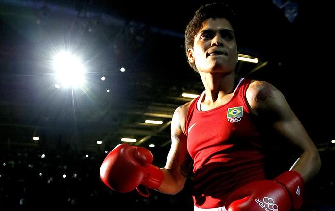 Adriana Araújo boxe Brasil (Foto: AFP)