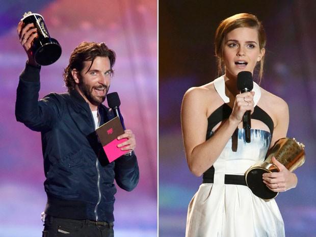 Bradley Cooper e Emma Watson recebem prêmios no MTV Movie Awards 2013 (Foto: Danny Moloshok/Reuters )