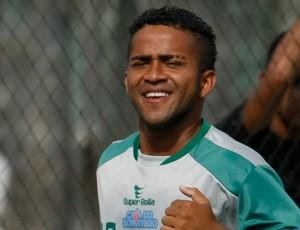 Adriano Miranda, atacante do Paragominas (Foto: Marcelo Seabra/O Liberal)