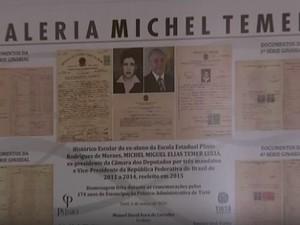 Histórico escolar de Temer está exposto em uma galeria na escola onde estudou (Foto: Reprodução/TVTEM)