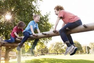 EuAtleta - crianças brincando parque (Foto: Getty Images)