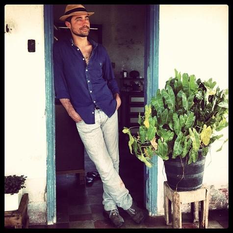 RIcardo Pereira no Pantanal, onde gravou para o 'Domingão' (Foto: Reprodução)
