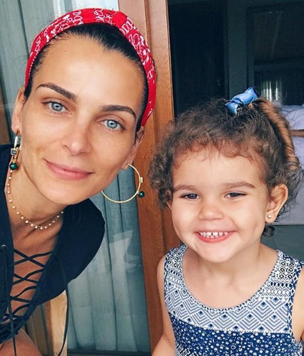 Fernanda Motta e Chloé (Foto: Reprodução Instagram)