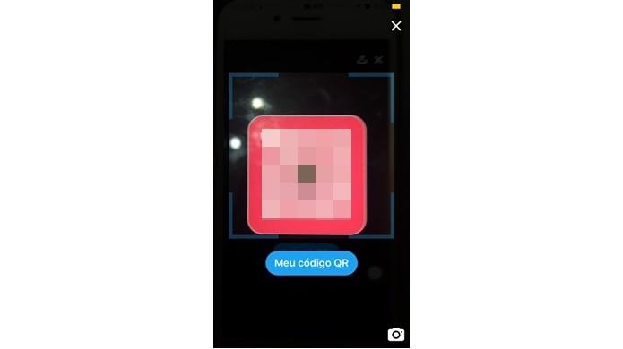 Aproximar smartphone do QR Code do usuário
