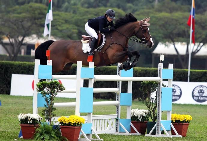 Em Nanquim, Bianca Rodrigues não irá montar Abernante, sua égua oficial (Foto: Flávio Perez)