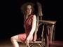 Em 'Escadinavos', atriz busca diversas maneiras de recontar a própria história