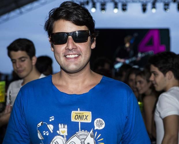 Bruno de Luca pasa para o Gshow no Lolla (Foto: Felipe Monteiro/Gshow)