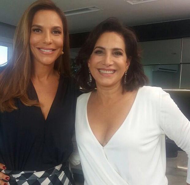 Hormnios femininos so a pauta da conversa de Ivete e Totia Meireles.  (Foto: Reproduo / Instagram)