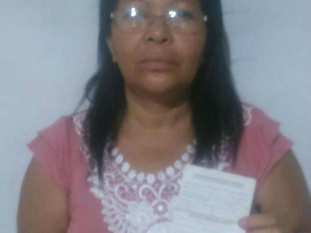 Aposentada que usa marca-passo foi barrada em agência do Banco do Brasil por não poder passar pelo detector de metais (Foto: Arquivo Pessoal)