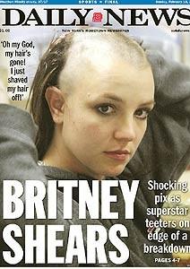 Capa de jornal sobre colapso de Britney Spears em 2007 (Foto: Reprodução)