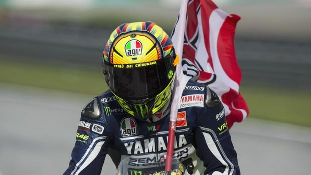 Valentino Rossi Yamaha MotoGP Motovelocidade Sepang Malásia bandeira Marco Simoncelli (Foto: Agência Getty Images)