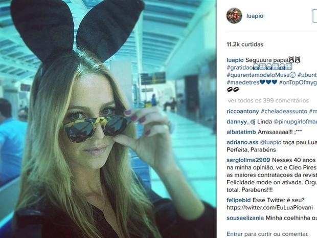 No Instagram, Luana Piovani publicou foto com as orelhas das coelhinhas da publicação (Foto: Reprodução/Instagram)