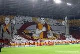Torcida do Galatasaray monta novo mosaico 3D pela Liga dos Campeões