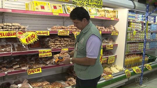Fiscalização encontra carne vencida e armazenada inadequadamente em Londrina