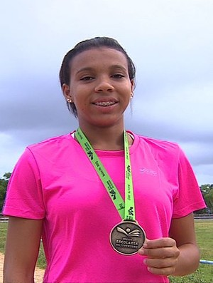 Estefany; atletismo; salto em distância; sergipe (Foto: Reprodução/TV Sergipe)