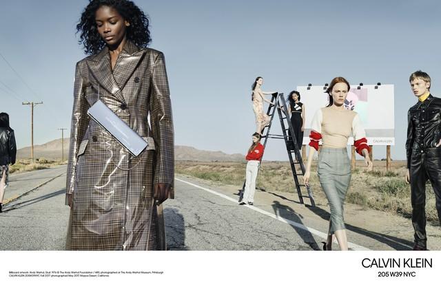 Campanha de inverno 2018 da Calvin Klein (Foto: divulgação)