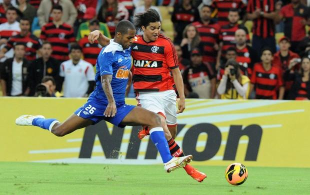 Marcelo Moreno e Dedé Flamengo x Cruzeiro (Foto: Alexandre Vidal / Flaimagem)