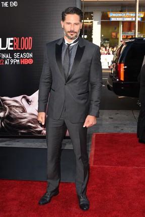 Joe Manganiello em tapete vermelho em Los Angeles, nos Estados Unidos (Foto: Jason Merritt/ Getty Images/ AFP)