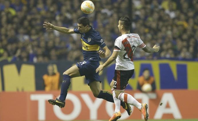 Burdisso e Driussi - Boca Juniors x River Plate (Foto: AP)