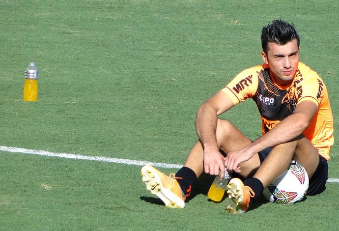Datolo no treino do Atlético-MG (Foto: Mauricio Paulucci)