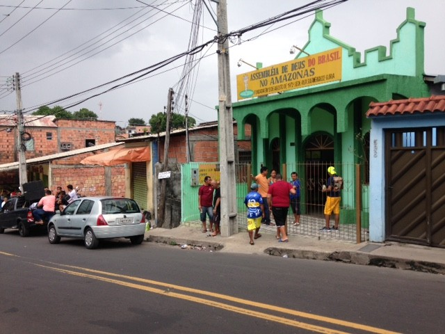 Corpo foi velado em igreja nesta sexta-feira (1º) (Foto: Jamile Alves/G1 AM)