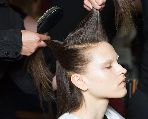 Saiba quais hábitos estão fazendo mal para o seu cabelo (Foto: Getty Images)