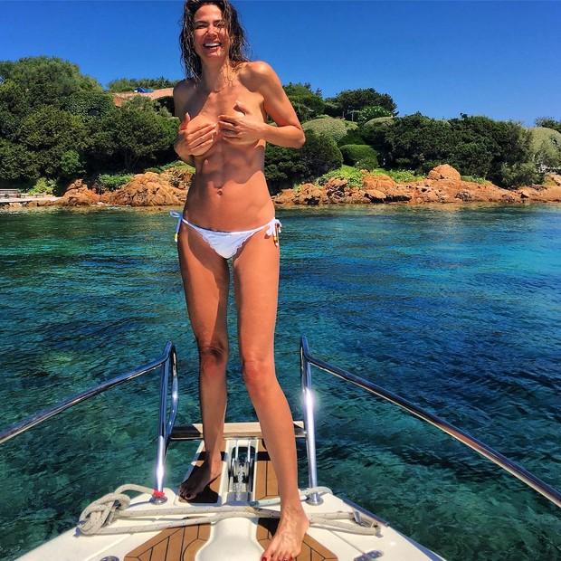 Luciana Gimenez: corpaço aos 46 anos (Foto: Instagram/Reprodução)