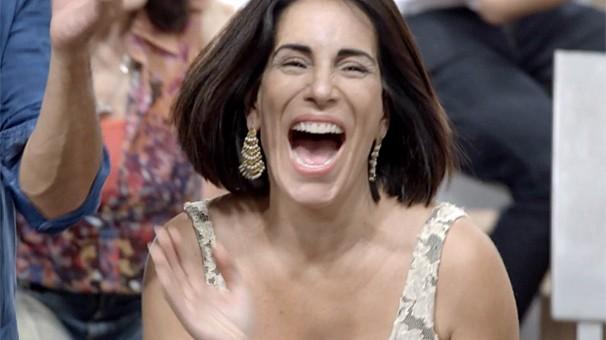Gloria Pires em clima de festa na campanha de fim de ano da Globo que está no ar na programação (Foto: Globo)