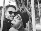 Junior Lima comemora um ano de casado com Monica Benini