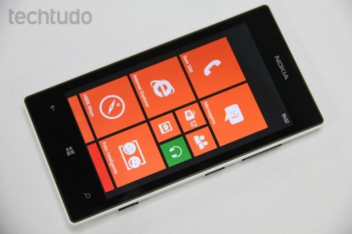 Lumia 520 vem com Windows Phone 8 e sai por até R$ 500 (Foto: Marlon Câmara/TechTudo)