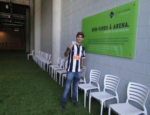 Gleison Lucas Pereira, primeiro visitante do Mineirão (Foto: Valeska Silva / Globoesporte.com)