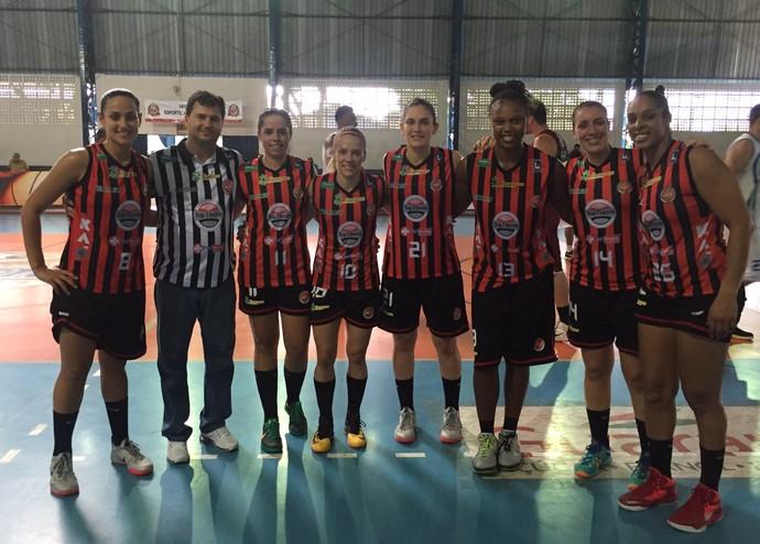 Basquete de Venceslau nos Jogos Abertos do Interior 2015 (Foto: Flávio Prado / Arquivo Pessoal)