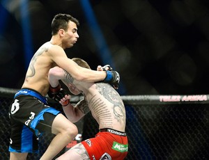 Makwan Amirkhani x Andy Ogle, UFC 182 Suécia (Foto: Reuters)