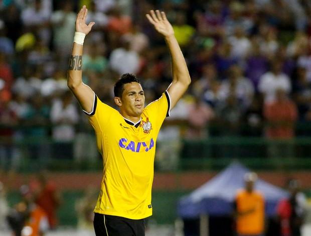 Luciano gol corinthians (Foto: Rodrigo Coca / Ag. Estado)