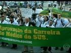 Médicos voltam a protestar contra a contratação de estrangeiros