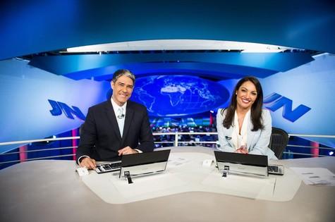 William Bonner e Patrícia Poeta na bancada do 'Jornal Nacional' (Foto: TV Globo)