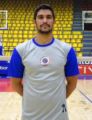 Alexsandro Dyego é o mais novo reforço do Mogi Vôlei (Foto: Juliana Kageyama)