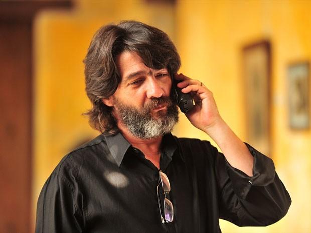 O ator uruguaio César Troncoso como Dom Rafael, vilão da novela 'Flor do Caribe' (Foto: TV Globo/João Miguel Júnior)