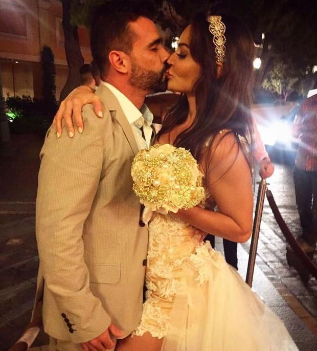 Jorge Sousa e Laura Keller já se casaram em Las Vegas; agora vão fazer cerimônia no Rio (Foto: Reprodução/Instagram)