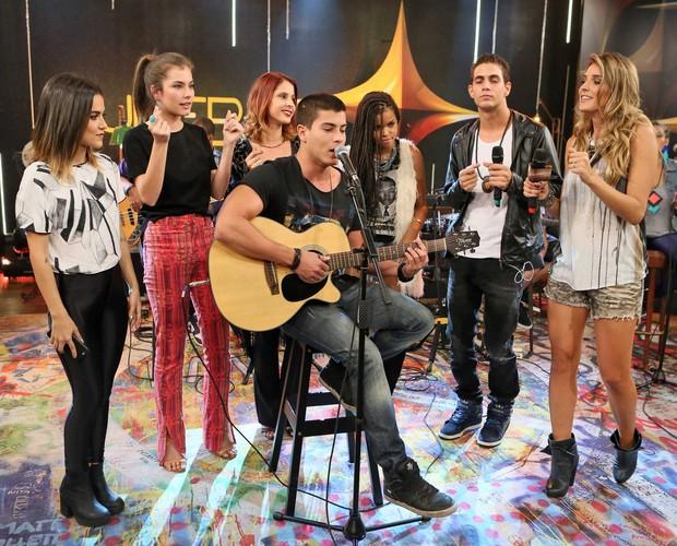 Arthur Aguiar canta música inédita no SuperStar Web (Foto: Isabella Pinheiro/Gshow)