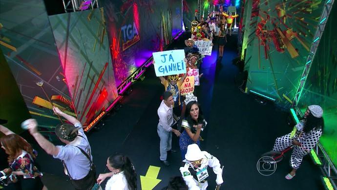Fila do 'Tem Gente Atrás' (Foto: Reprodução/TV Globo)