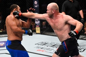 Tim Boetsch x Johny Hendricks UFC Oklahoma (Foto: Getty Images)