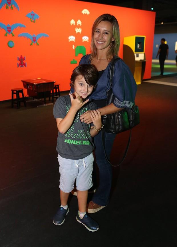 Cris Dias e o filho, Gabriel (Foto: Reginaldo Teixeira / CS Eventos)
