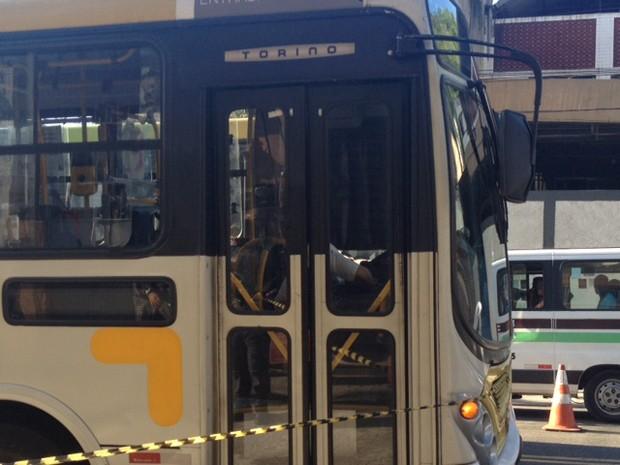 Motorista de ônibus foi assassinado em São Cristóvão, Zona Norte (Foto: Guilherme Brito/G1)