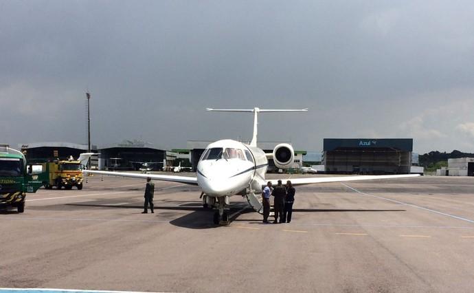 avião fab Alan Ruschel e Rafael Henzel Manaus (Foto: Matheus Castro)